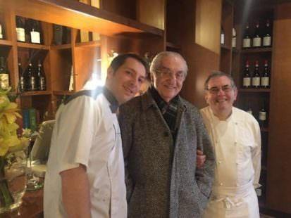 Un'immagine di qualche anno fa:Gualtiero Marchesi con Luca e Lino Gagliardi