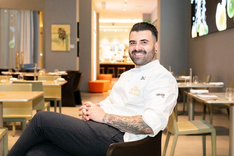 Lo chef Gennaro Battiloro, della pizzeria Battil'oro, ritratto a Identità Golose Milano