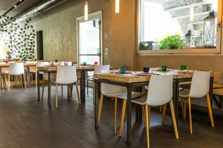 Uno spazio interno dei Tigli, la pizzeria di Simone Padoan a San Bonifacio (Verona)