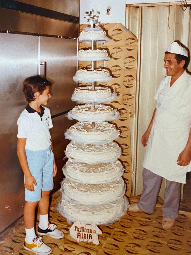 Ignazio Alaia, fondatore dell'omonima pasticceria, con suo figlio (e successore) Giovanni in laboratorio