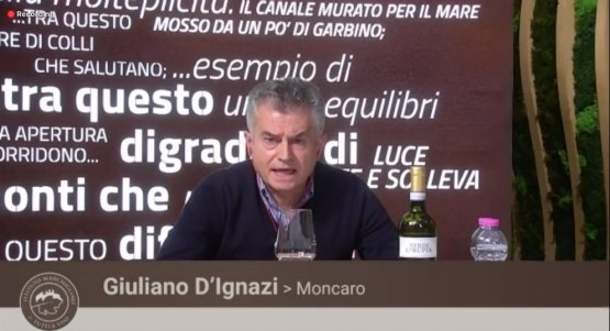 Giuliano D'Ignazipresenta il vino dellaMoncaro