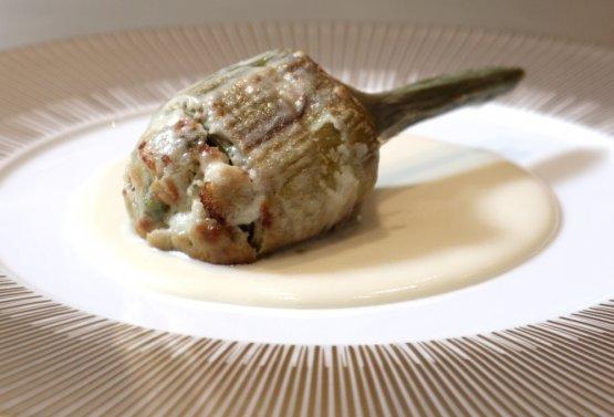 Carciofo ripienogratinato e crema di Parmigiano Reggiano