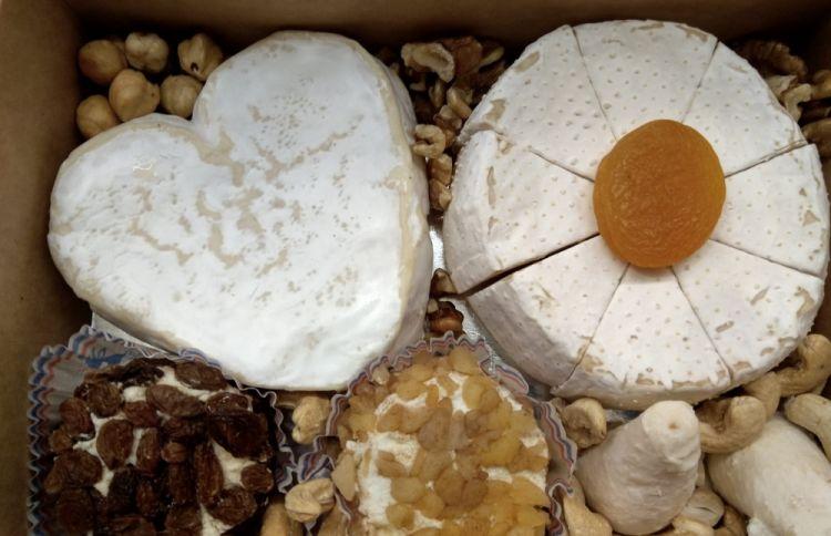 Uno sguardo all'interno della Cheese box