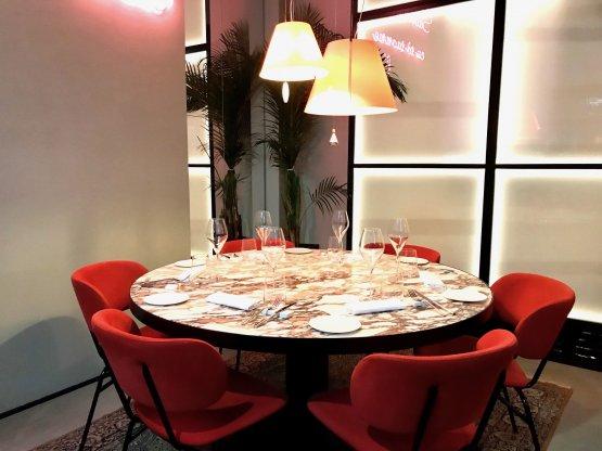 La sala del ristorante Sine