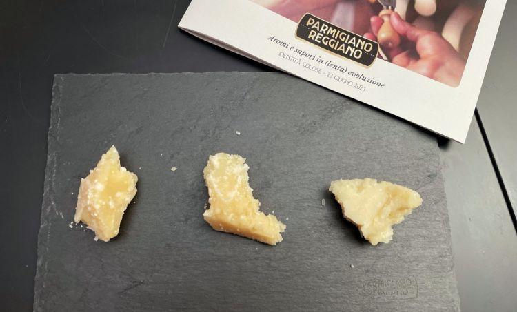 Tre stagionature di Parmigiano Reggiano a confronto: da sinistra 72, 30 e 12 mesi