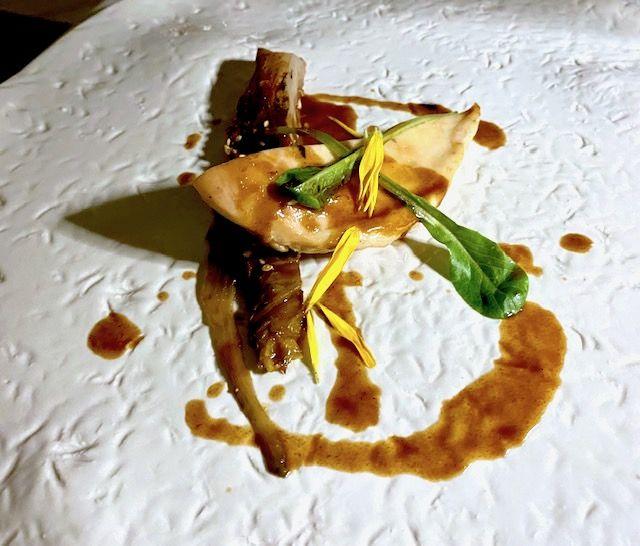 Pollo di Laura Peri, kimchi di lattuga e garum di pollo