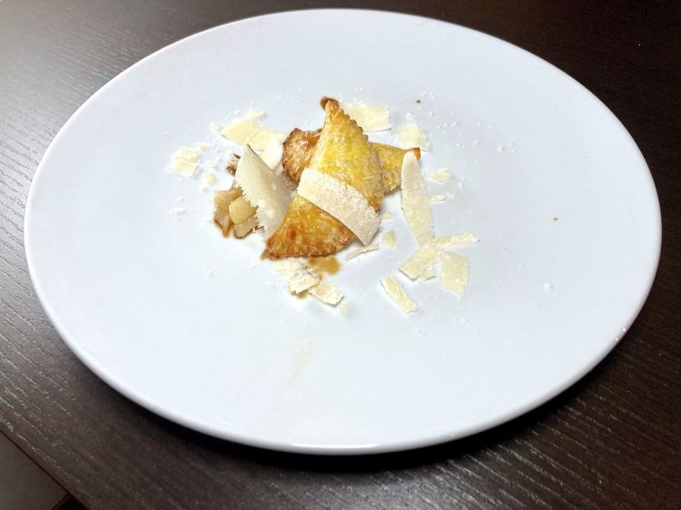 Parmigiano Reggiano 40 mesi, raviolie pera