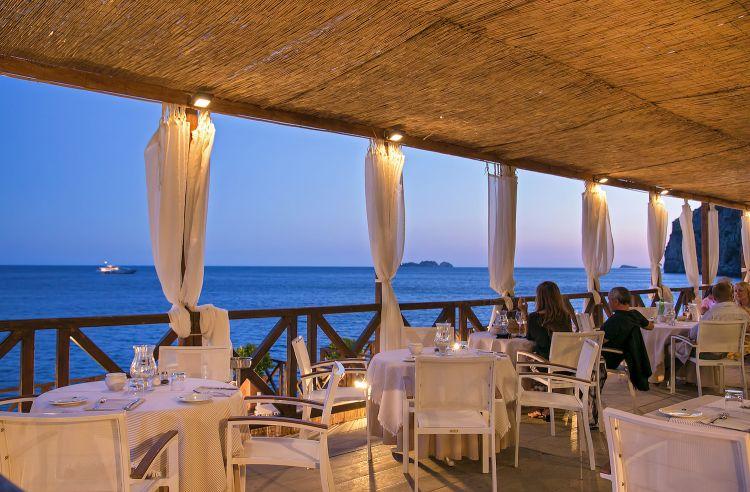 Il ristorante Remmese, a mare...