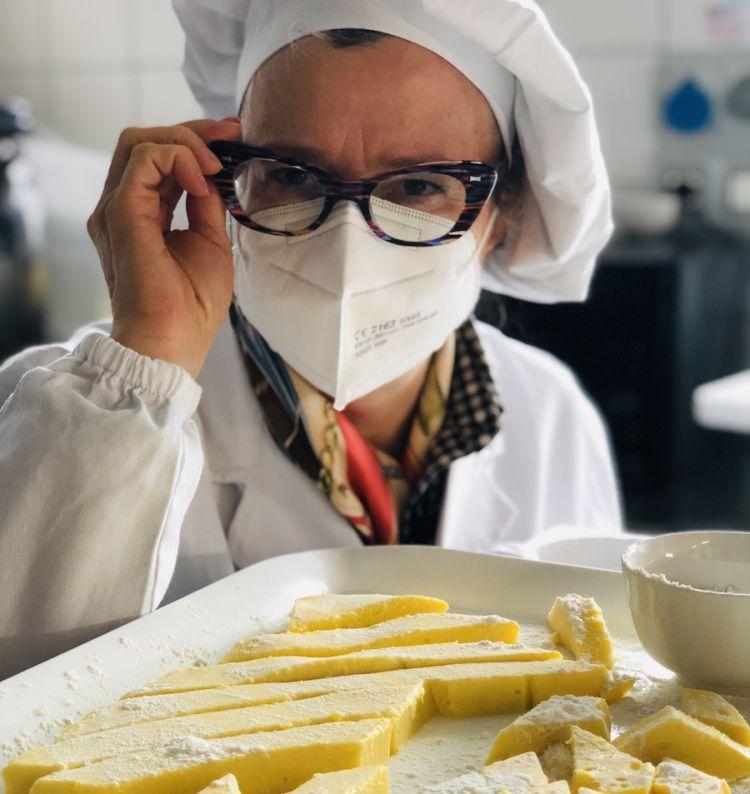 Marinella Migliori, gran signora delle olive e dei cremini ascolani