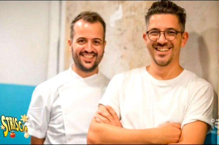 Matteo e Salvatore Aloe, sotto con la brigata di una delle loro tredici pizzerie