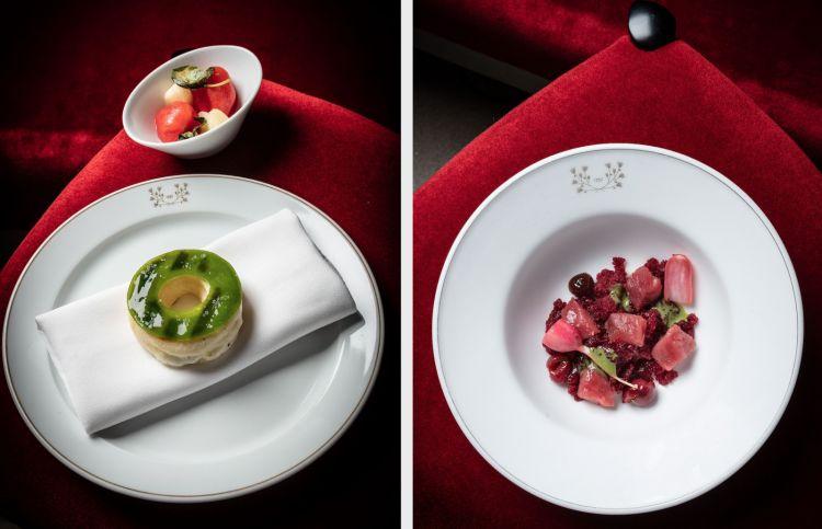 Dopo i finger, i primi due piatti del menu Baronetto-Klugmann. A sinistra,Bao di basilico e mozzarella con insalata di pesche,pomodoro e mandorla amara. A destra,Granita di ciliegie, senape verde con amarenein salamoia, rapanelli e carne cruda