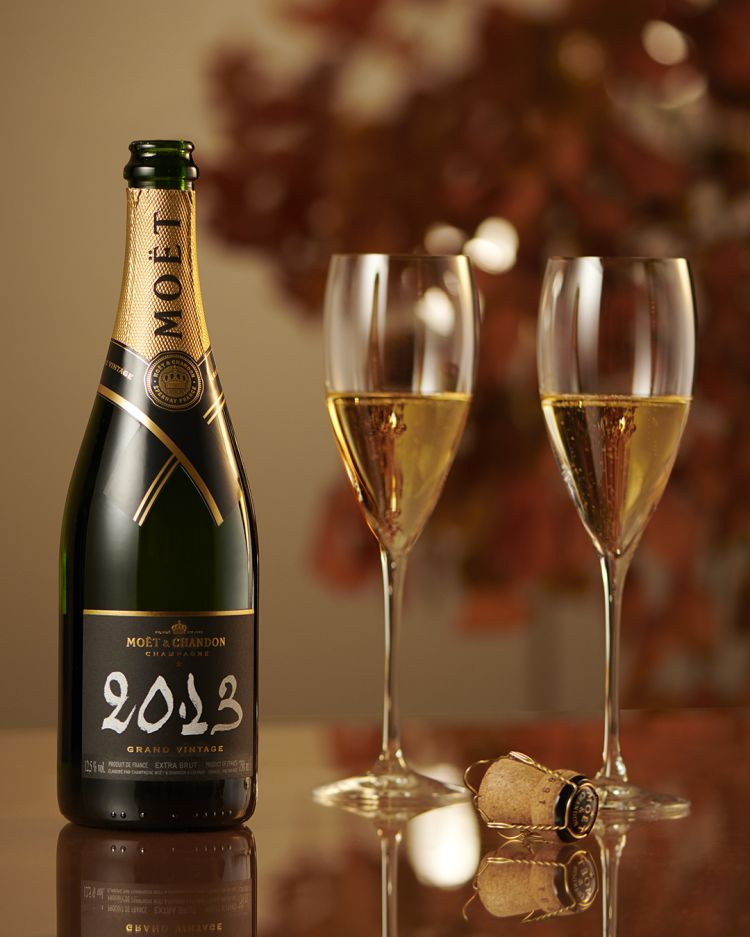 Il Grand Vintage 2013 Moët & Chandonha un assemblaggio 41% Chardonnay, 38% Pinot Noir e 21% Meunier