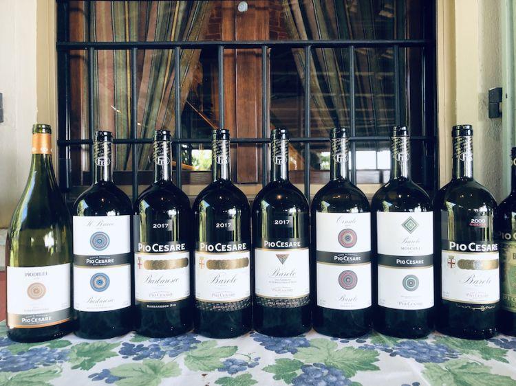 Foto ricordo per le bottiglie degustate a pranzo il 9 giugno 2021 per festeggiare in casa Boffa a Treiso i 140 anni trascorsi dalla fondazione della Pio Cesare