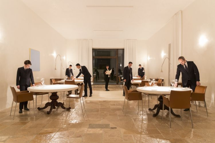 The dining room at restaurant Reale (photo Barbara Santoro)