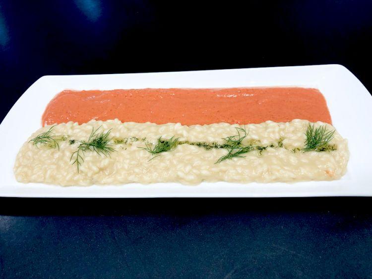 Caldofreddo di risotto mantecato all'olio di finocchio e vellutata di pomodoro fresco