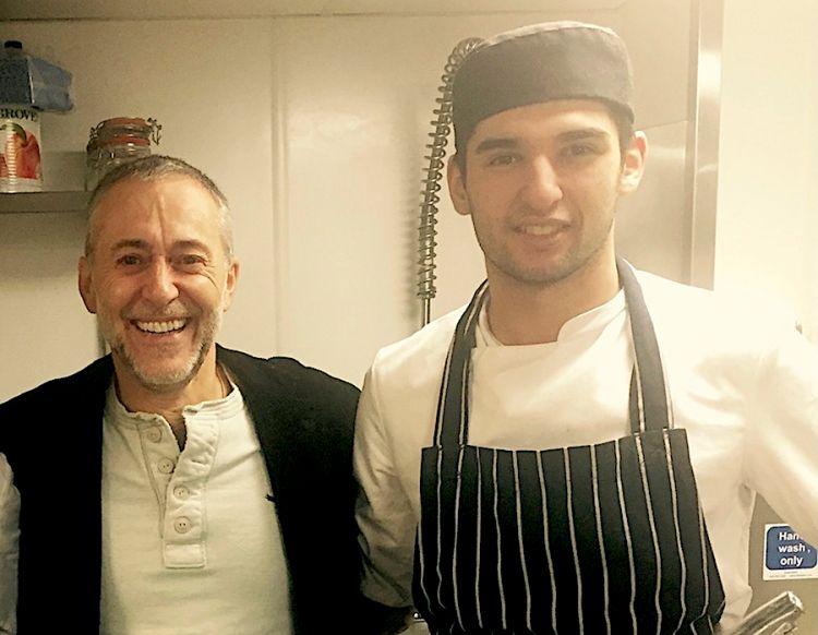 Richard Abou Zaki, non ancora 18enne, con Michel Roux alla Gavroche a Londra