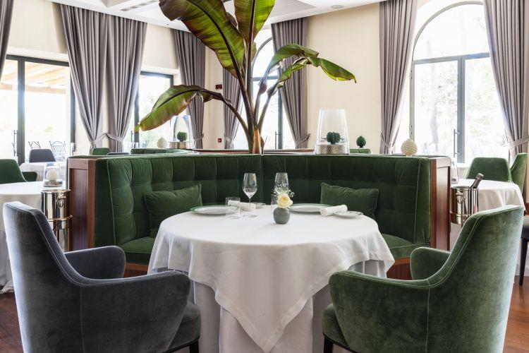 Uno scorcio della sala del ristorante gourmet Principe di Belludia