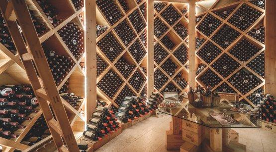 L'archivio storico del San Leonardo: sono conservate le bottiglie dal 1982 a oggi