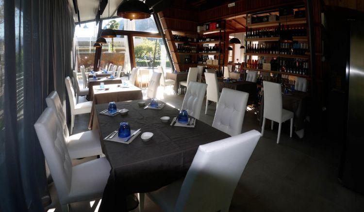 Il nuovissimo Emozioni Fish & Wine di patron Giorgio Vigori a Riva del Garda
