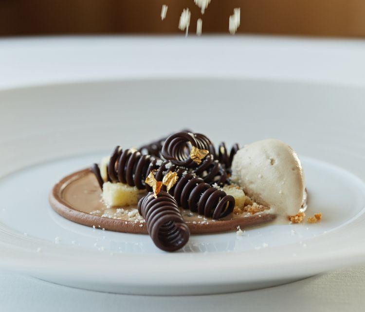 Un piatto firmato dalla cucina dell'Hotel Cipriani orchestrata dallo chef Davide Bisetto, L'Oro Restaurant- 1 Stella Michelin