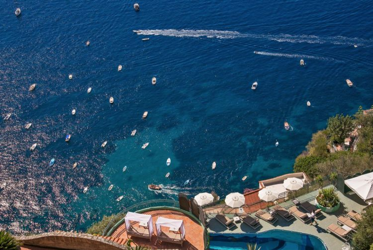 Vista sul mare dall'hotel Le Agavi
