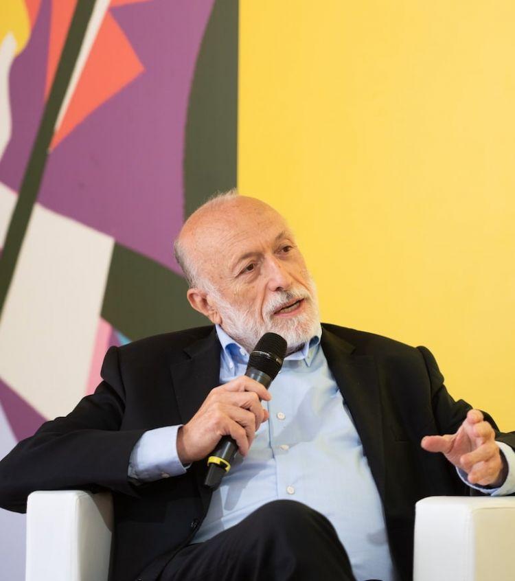 Carlo Petrini, fondatore di Slow Food, promotore dell'eventoCheese assieme al Comune di Bra, Cuneo. Foto di Alessandro Vargiu