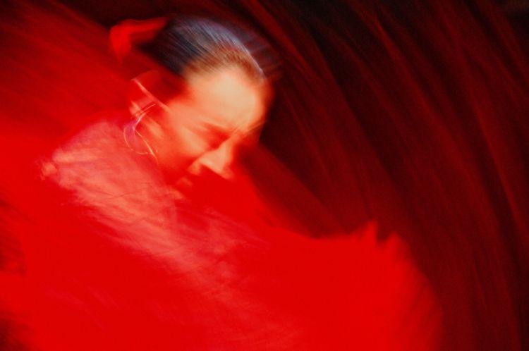 Una delle opere di Rosso, la mostra attualmente in corso al ristorante milanese di Alessandro Borghese e fruibile dagli ospiti che pranzano in loco