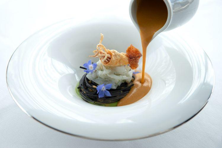 Alcuni piatti di Mantarro al Principe Cerami: qui Spaghetti al nero di seppia