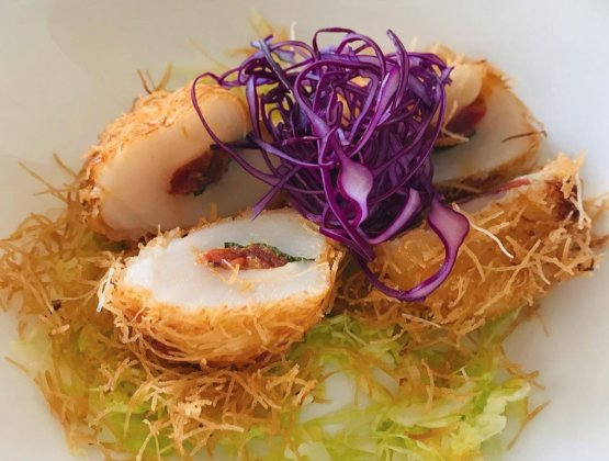 Un piatto creativo del ristorante giappugliesePuroa Polignano a Mare. Foto dalla Gallery dipuro-sushi.com