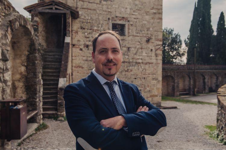 Ugo Zamperoni