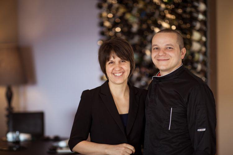 Lo chefGregor Eschgfäller assieme alla moglieMelanie De Lazzer, che si occupa di sala e cantina