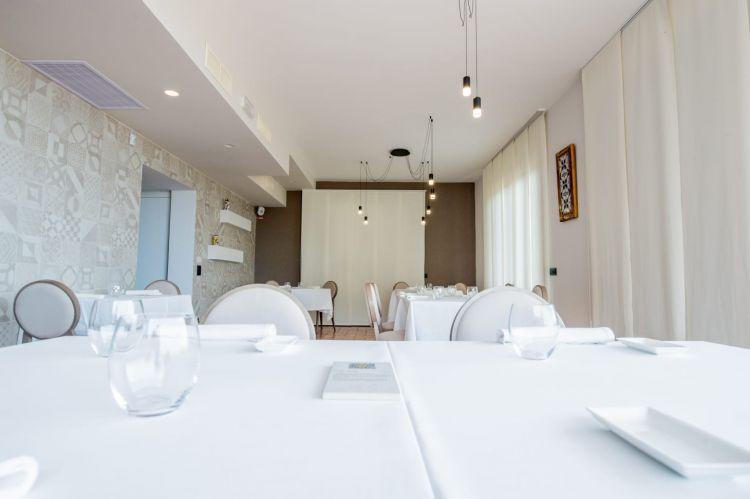La sala del ristorante Modì