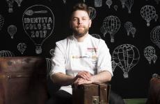 Riccardo Canella a Identità Golose 2017, fotografato da Brambilla-Serrani. Lo chef patavino lascia il Noma di Copenhagen dopo sei anni