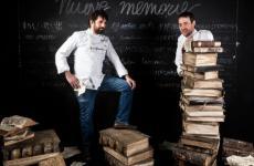 Matias Perdomo, uruguaiano, e Simon Press, argentino. I due cuochi di Contraste, Milano, hanno aperto la giornata di Contaminazioni a Identità Milano (foto Brambilla/Serrani)