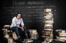Martina Carusoquest'anno ha ricevuto ilPremio Michelin Chef Donna by Veuve Clicquot. Per la Guida di Identità Golose era stata la migliore chef donna dell'anno nel 2017