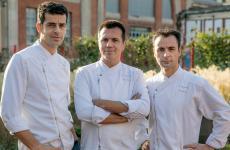 Left to right:Mateu Casañas,Oriol CastroandEduard Xatruch, the three chefs ofDisfrutarin Barcelona