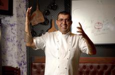Jeferson Rueda, chef diCasa Do Porco Bara San Paolo, Brasile (foto del servizio di Mauro Holanda)