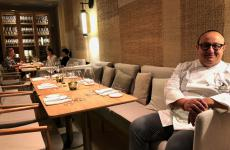 Ciccio Sultano, classe 1970, in sala del suo bar con cucina Pastamara, aperto a inizio dicembreall'interno del Ritz-Carltonhotel di Vienna. Il cuoco siciliano, 2 stelle Michelin a Ragusa Ibla, cucinerà presto anche aIdentità Golose Milano