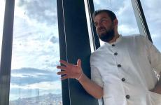 Maksut Askar, 43 anni, turco di discendenzearabe, da quasi 6 annichef di Neolokal a Istanbul, uno dei ristoranti più ammirati in Turchia