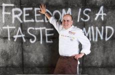Alfonso Caputo, chef della Taverna del Capitano, una stella Michelin a Marina del Cantone in Penisola Sorrentina,è protagonista ancora questa sera, giovedì 11 giugno, a Identità Golose Milano, per prenotazioni cliccare qui