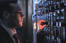 Alfredo Buonanno, maître alKrèsiosdiGiuseppe Iannottia Telese Terme (Benevento), interviene su Identità Golose nel dibattito sulla sala. E racconta dell'importanza di aver avuto grandi maestri, come Donato Marzolla (clicca qui per leggere il suo intervento sullo stesso tema) e Roberto Adduono (clicca qui per leggere il suo intervento sullo stesso tema).Prima di due puntate, l'altra domattina