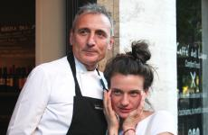 Luca Ferrara con la figlia Giorgia, che si occupa della sala