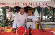 """Tony Lo Coco conFranco Mineo, meglio noto come """"'u re 'ri muluna"""", il re dei meloni a Bagheria (Palermo)"""
