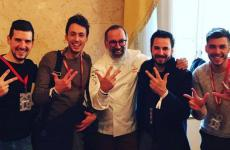 Norbert Niederkoflercelebrates the third star with sousMichele Lazzarini, pastry chefAndrea Tortoraand the other main members of his brigade