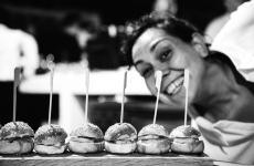 Martina Caruso, classe 1989, è la giovane chef del Signum a Salina (tutte le foto, tranne quelle dei piatti, sono diStefano Butturini)