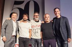 A souvenir photo on June the 27th at the end of a talk show on the future of gastronomy in Barcelona. All dedicated to theWorld's 50 Best Restaurant. Left to right:Joan Roca,Renè Redzepi,Massimo Bottura,Ferran AdriàandWill Guidara. At the time of the photo, Daniel Humm, who guides Eleven Madison Parkin New York with Guidarahad already left