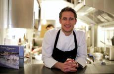 Federico Delmonte, marchigiano classe 1982, è dal maggio 2018 chef-patron di Acciuga, a Roma Prati