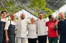 Da sinistra, gli ospiti speciali della festa:Friedi Schmuck,Enrico Crippa,Luca Scarsella,Loretta Fanella, Massimiliano Prete,Teo Musso,Gabriele Bonci,