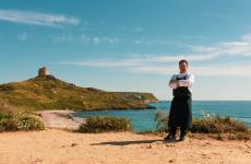 Lo chefSalvatore Camedda. Il suo ristorante di Oristano è una delle novità più interessanti per la vostra estate in Sardegna