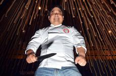 Mitsuharu Tsumura, chef-patron del Maido di Lima, uno dei migliori ristoranti del mondo. Lo abbiamo visitato